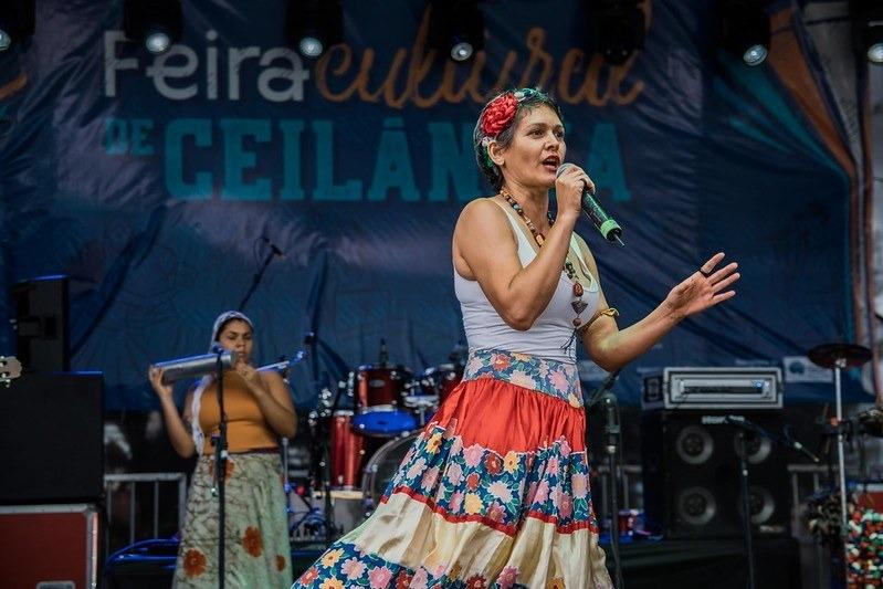 Lília Diniz: poeta, atriz e brincante